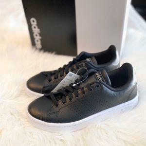 *NEW* ADIDAS Men's Advantage Tennis Shoe, Black